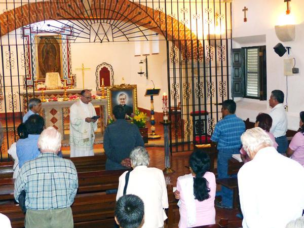 San Josemaría, Chalca te recibe jubiloso