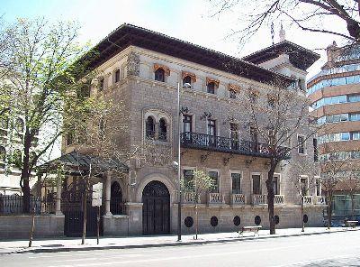 El edificio de la sede del Colegio de Ingenieros de Caminos es conocido tradicionalmente como Casa Garay.