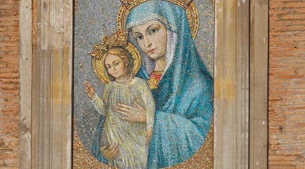"""""""Completare la piazza"""": san Giovanni Paolo II e la Mater Ecclesiae"""