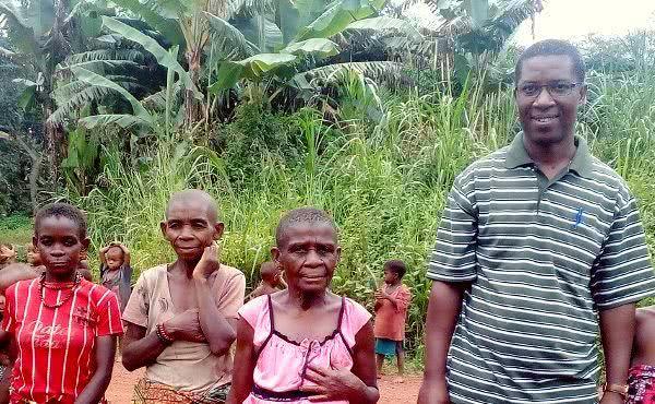 En la jungla del Congo, con los pigmeos