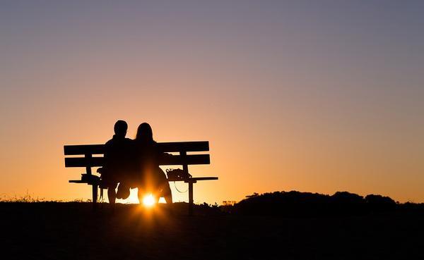 Sentit del festeig: conèixer-se, relacionar-se, respectar-se