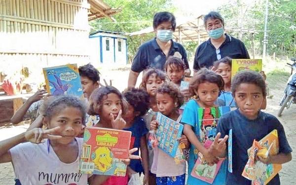 Opus Dei - Støtte til aetaene på Filippinene