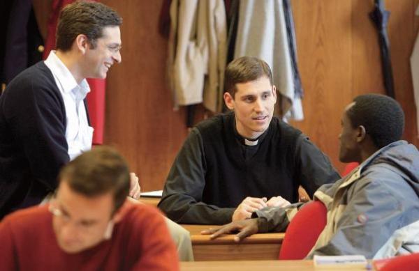 Opus Dei - 教皇庁立聖十字架大学