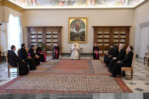 Opus Dei - Esencijalni zadatak Crkve je moliti i podučavati u molitvi