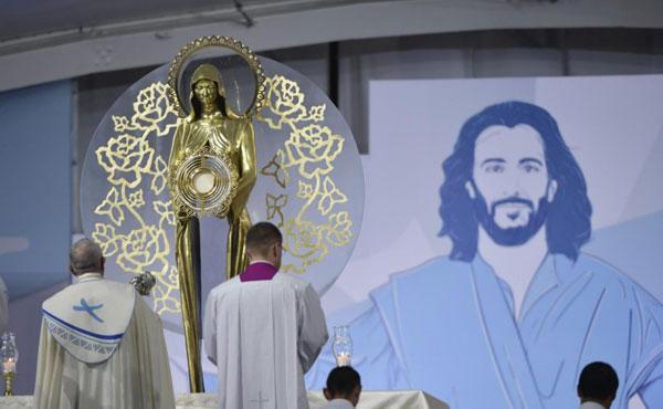 """""""Vive Cristo, nossa esperança"""" - carta do Papa aos jovens"""