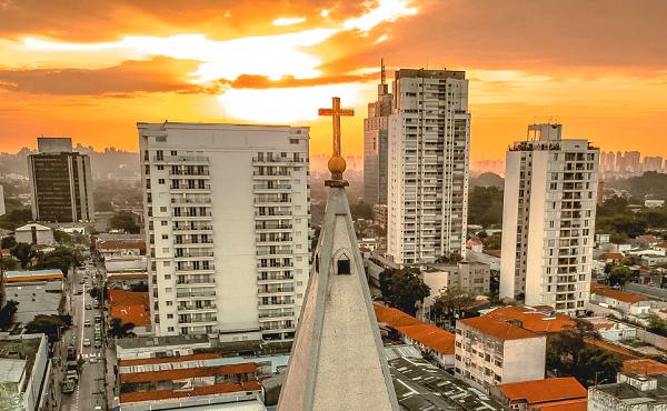 Opus Dei - Nabożeństwo do Krzyża  Świętego