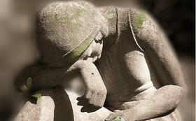خمسة علاجات للحزن