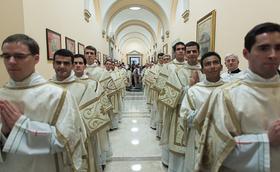 31 de diaconi din 16 țări