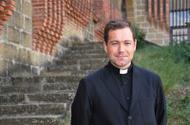 """""""O sacerdote é un supercondutor que comunica a graza de Deus sen perdas"""""""