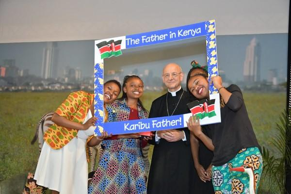 Opus Dei - Memories of the Father's Visit to East Africa, 3