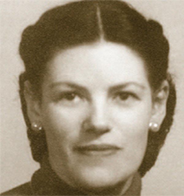 Kim była Dora del Hoyo?