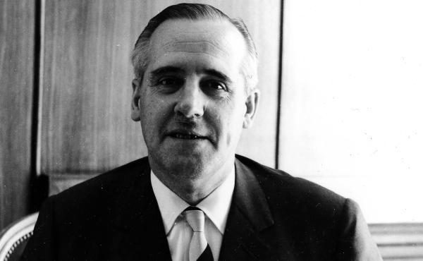 Opus Dei - Životopis Eduarda Ortiz de Landázuriho