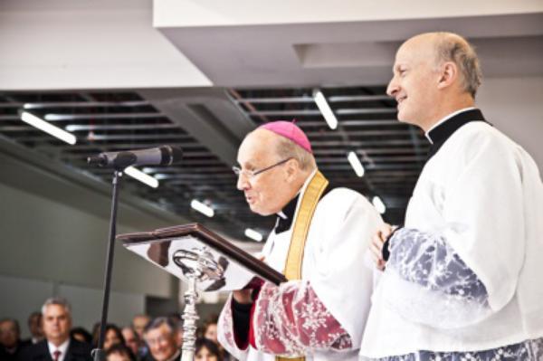 """Prelado del Opus Dei: """"Todos somos hijos de Dios, incluso los que se equivocan"""""""