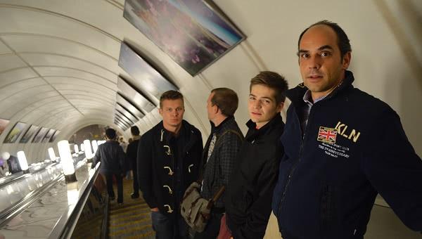 Opus Dei - Volamos desde Moscú