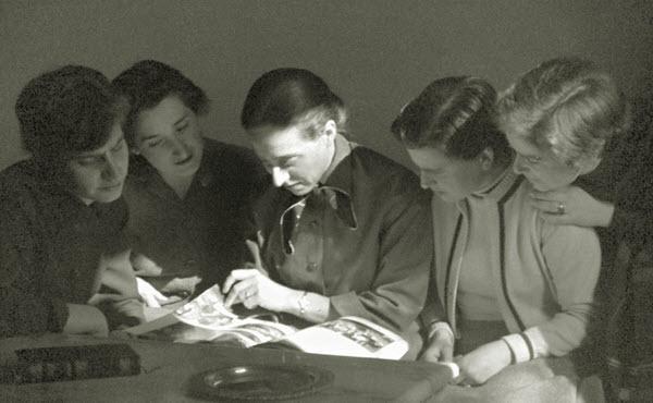 9. Prvi ženski center