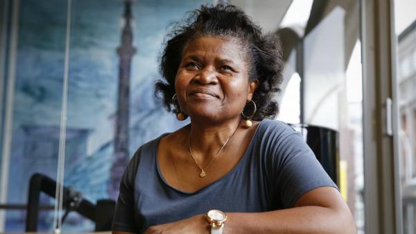 Esther Tallah: «Trabajo con madres para que los niños no tengan que ir al hospital»