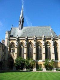 Velká gotická okna Exeteru