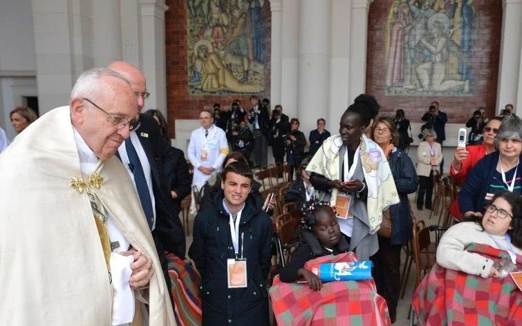 Opus Dei - Saudação do Papa Francisco aos doentes em Fátima