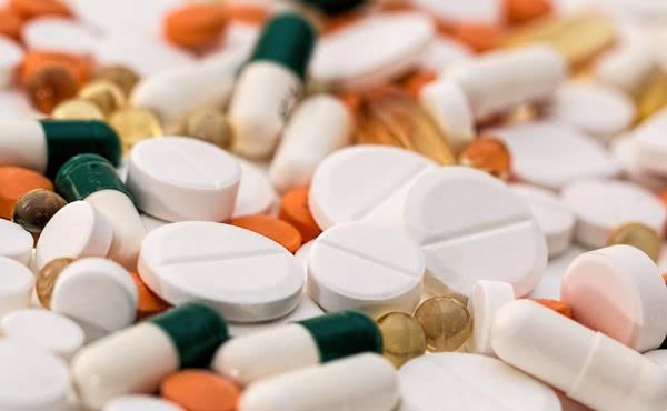 Opus Dei - Dos buenos analgésicos