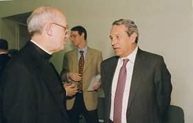 Mons. Clavell, rector de la universidad con Joaquín Navarro Valls