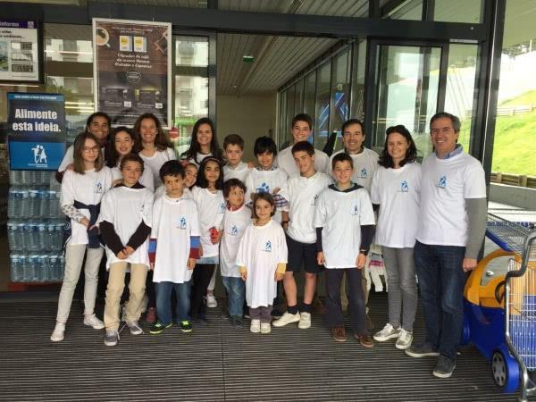 "Opus Dei - ""Contra a Fome""! Pais, alunos e professores unidos na Campanha do Banco Alimentar"