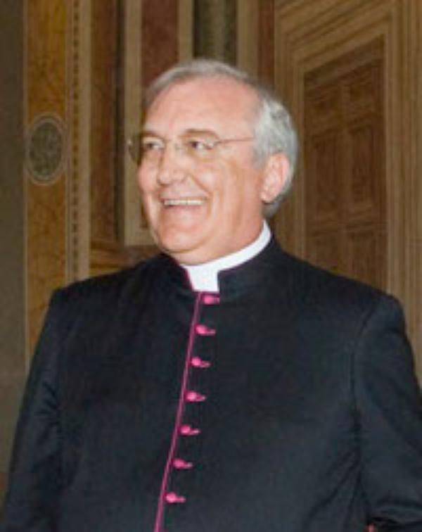 """Mons. Capucci: """"La beatificación será en Roma"""""""