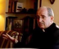 D. Ángel nun momento da entrevista