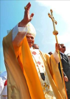 Paavi Pyhässä Maassa