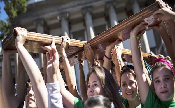 Opus Dei - A voi scegliere: 30 anni di dialogo del Papa con i giovani