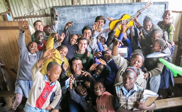 """Opus Dei - """"El somriure i la generositat infinita dels nens kenians"""""""