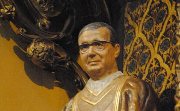 Beneïda la imatge de Sant Josepmaria a Igualada