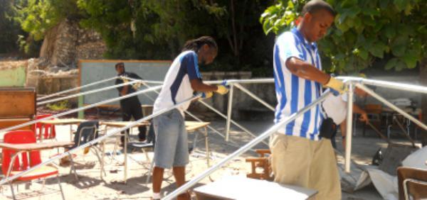 Haïti: une goutte de solidarité dans un océan de besoins