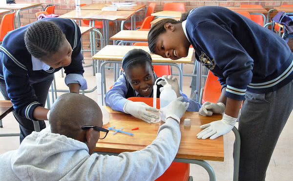 Opus Dei - Istruzione e futuro in Africa: il meeting annuale di Harambee