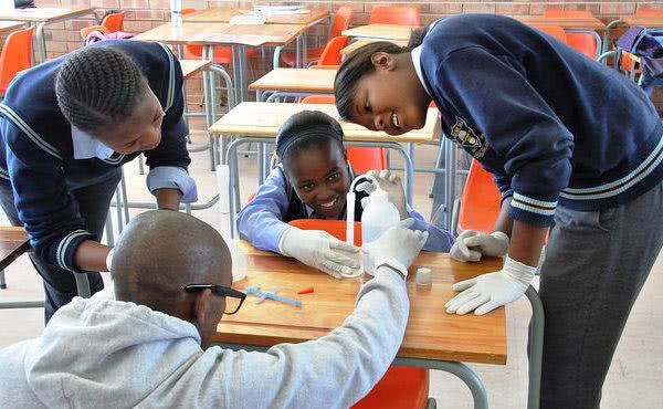 Istruzione e futuro in Africa: il meeting annuale di Harambee