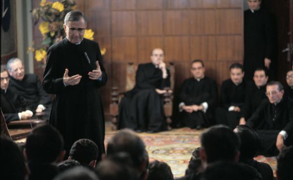 Opus Dei - Povijest Svećeničkog društva Svetog Križa