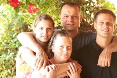 Darko y su familia. Katica, Marin y Martina. Foto: Ismael Martínez Sánchez