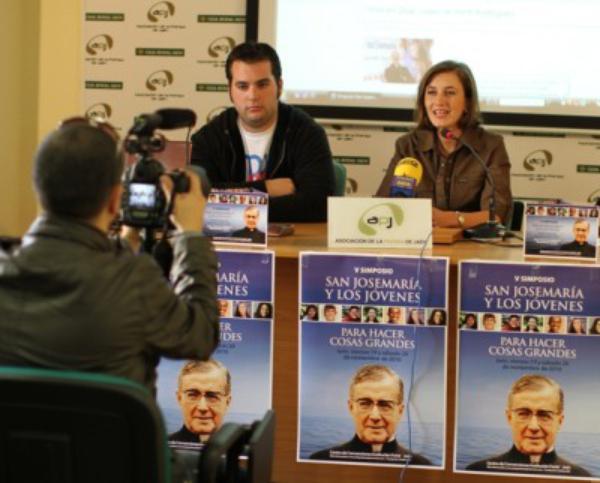 San Josemaría reúne en Jaén a 600 jóvenes de diez países