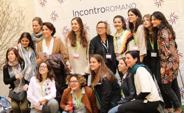 Os participantes no UNIV, no Tríduo Pascual