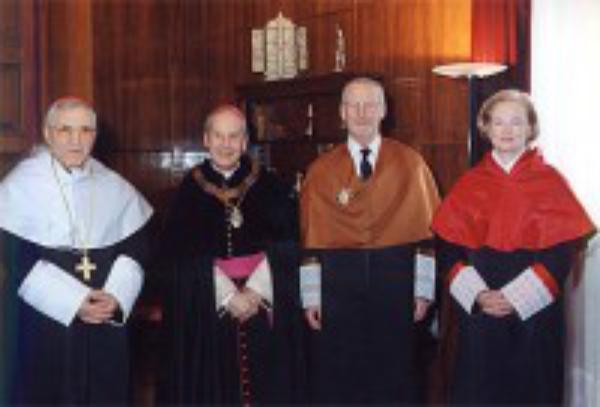 Doctores Honoris Causa por la Universidad de Navarra
