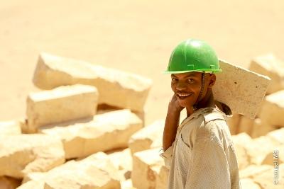 'Uns hat das Beispiel Christi ergriffen, der fast die ganze Zeit seines irdischen Lebens als Handwerker in einem kleinen Dorf gearbeitet hat'.