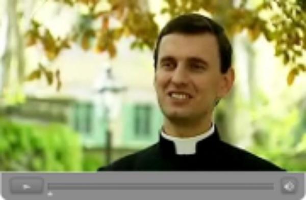 8 video testimonies from the new priests (dažādās valodās)