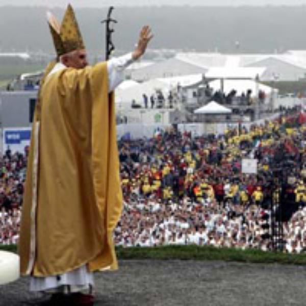 Pierwsza encyklika Benedykta XVI: Oblicza jednej miłości