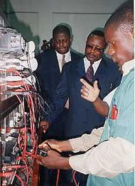 Opening van Institute for Industrial Technology in Lagos