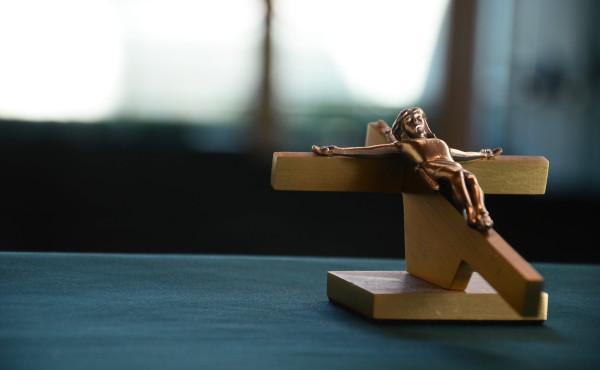 «Nós pregamos a Cristo crucificado»