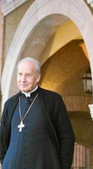 Javier Echevarría: Papst Franziskus wird sich häufig auf das reiche und aktuelle Material, das Benedikt ihm hinterlassen hat, stützen können.