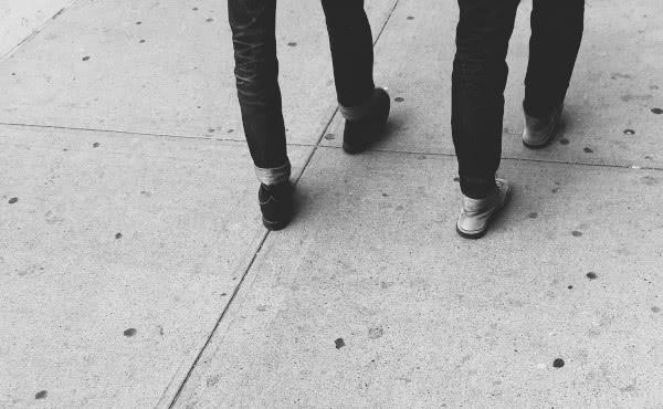 Opus Dei - Si quieres llegar lejos, camina acompañado