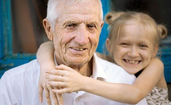 El Papa instituye la Jornada Mundial de los Abuelos y de los Ancianos