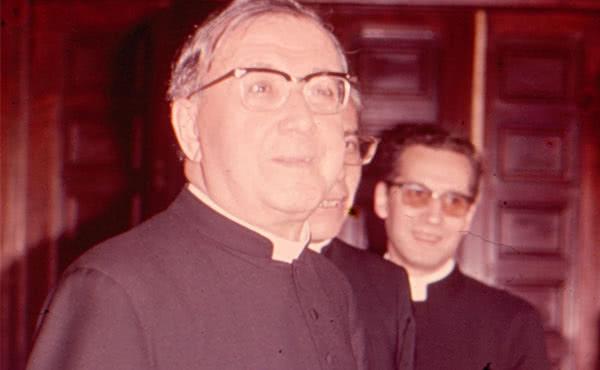 Opus Dei - O relato do sacerdote brasileiro que abençoou São Josemaria Escrivá