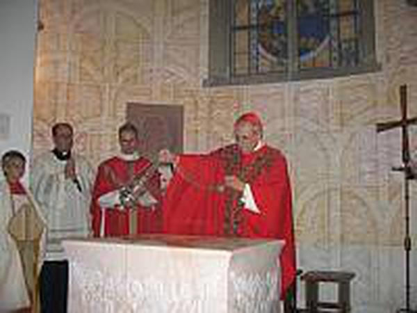 O Arcebispo de Colônia abençoa uma capela dedicada a São Josemaria