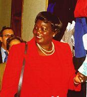 """Kanonizacijos kontekste bus pristatytas projektas ,,Harambee 2002"""". Renginyje žada dalyvauti MamaNgina Kenyatta, Jomo Kenyatta, pirmojo Kenijos prezidento nepriklausomybės metais, našlė."""